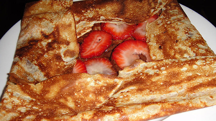 Pierre-Lo's strawberry crepe - Photo by Mar Yvette