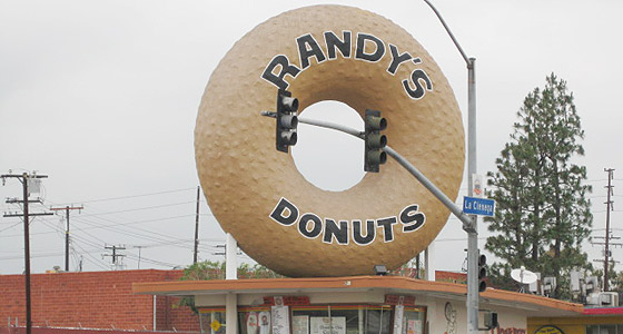 Randy's Donuts - Photo by Mar Yvette