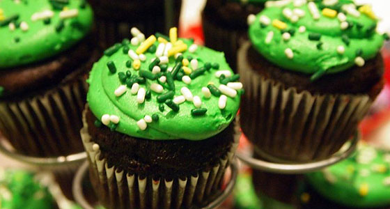 Green cupcakes @ the St. Patrick's Day Festival