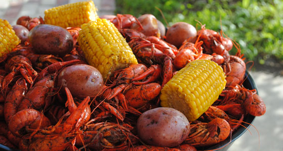 Crawfish with corn and boiled potatoes