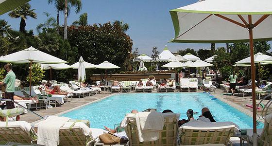 Four Seasons pool where celebrities eat - Photo by Mar Yvette