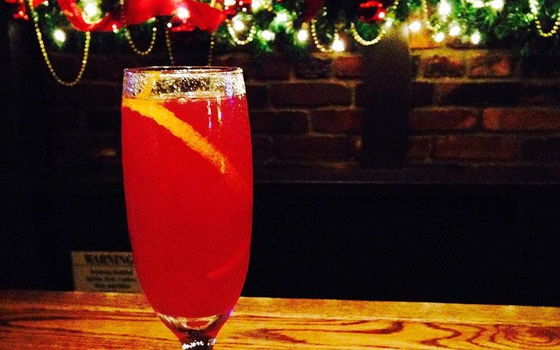 Tam O'Shanter's Cranberry Christmas Fizz