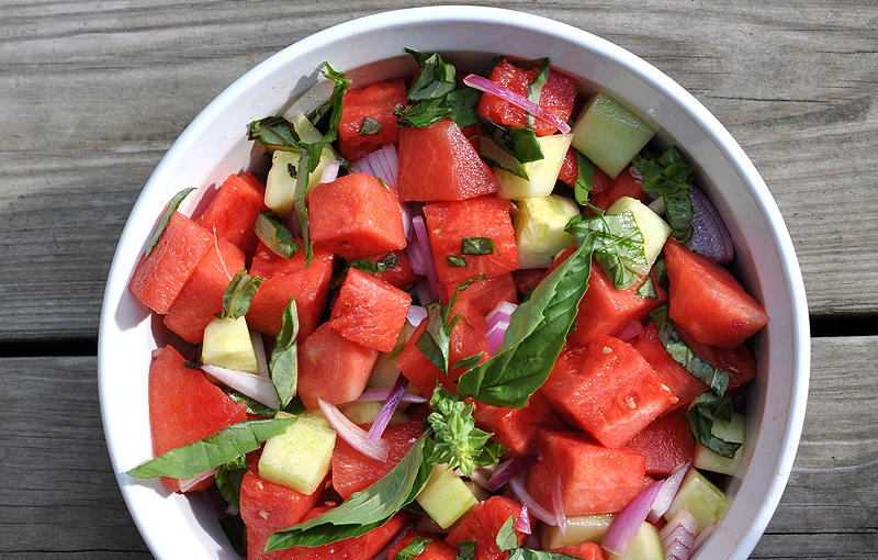 Watermelon cucumber salad - Photo by PeachesandCake.com
