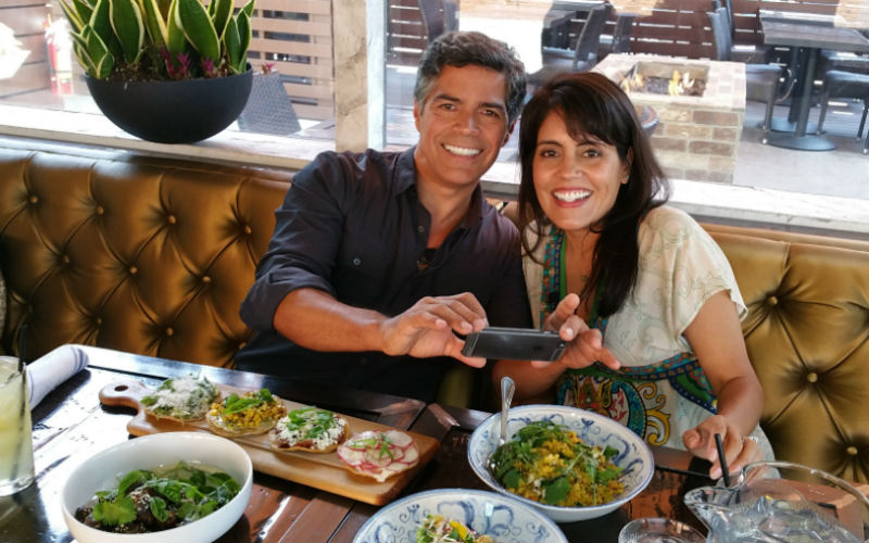 Mar Yvette interviews actor Esai Morales