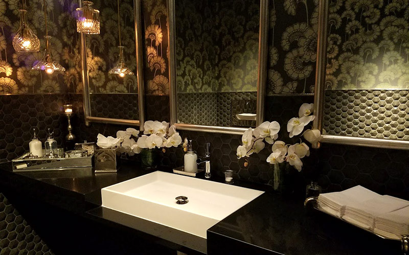 Crustacean Beverly Hills bathroom