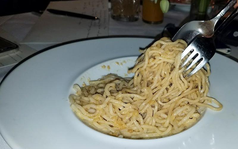 Crustacean garlic noodles