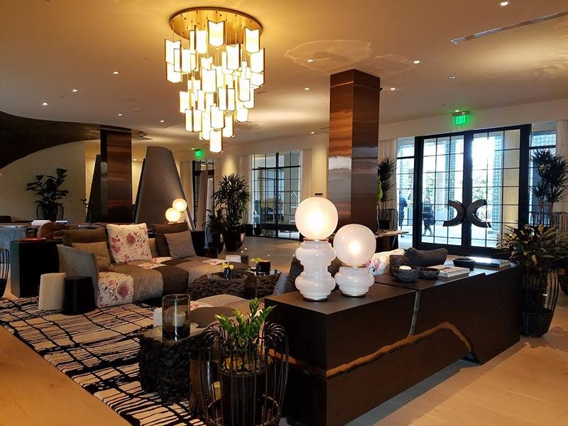 La Peer Hotel lobby