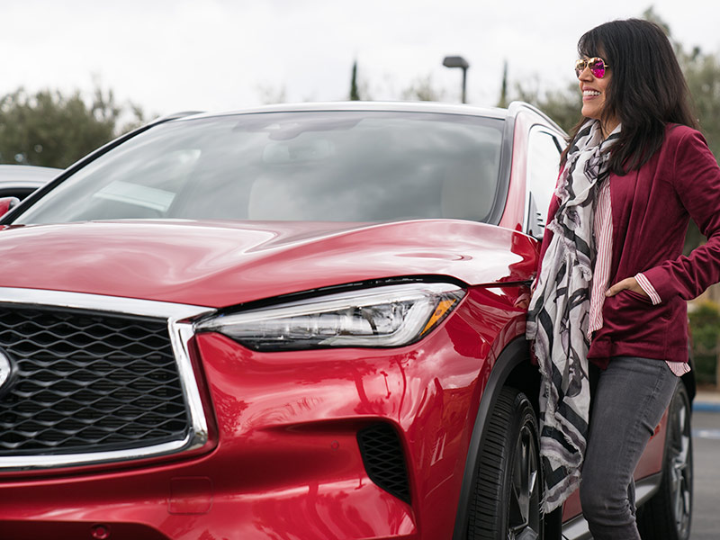 Getting in the 2019 Infiniti Qx50