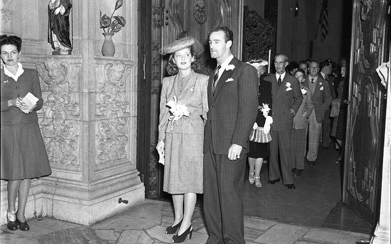 Bette Davis married William Sherry at the Mission Inn in Riverside, CA